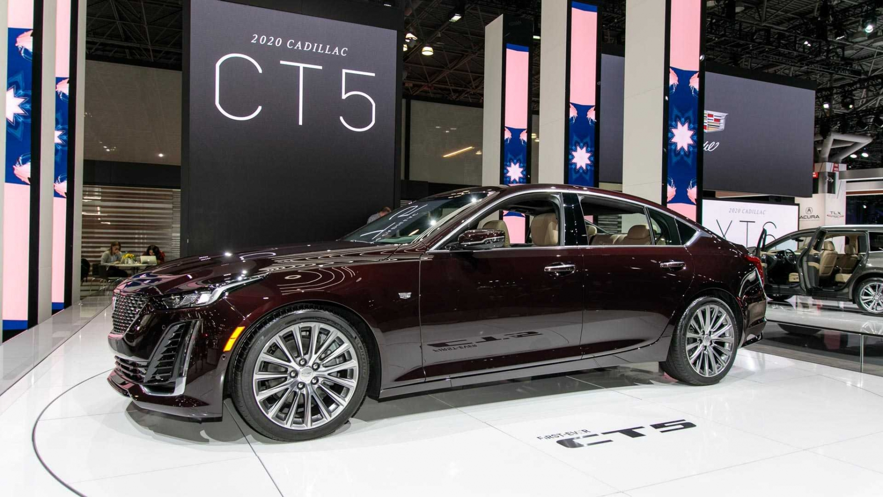 1_2020-cadillac-ct5-live-images